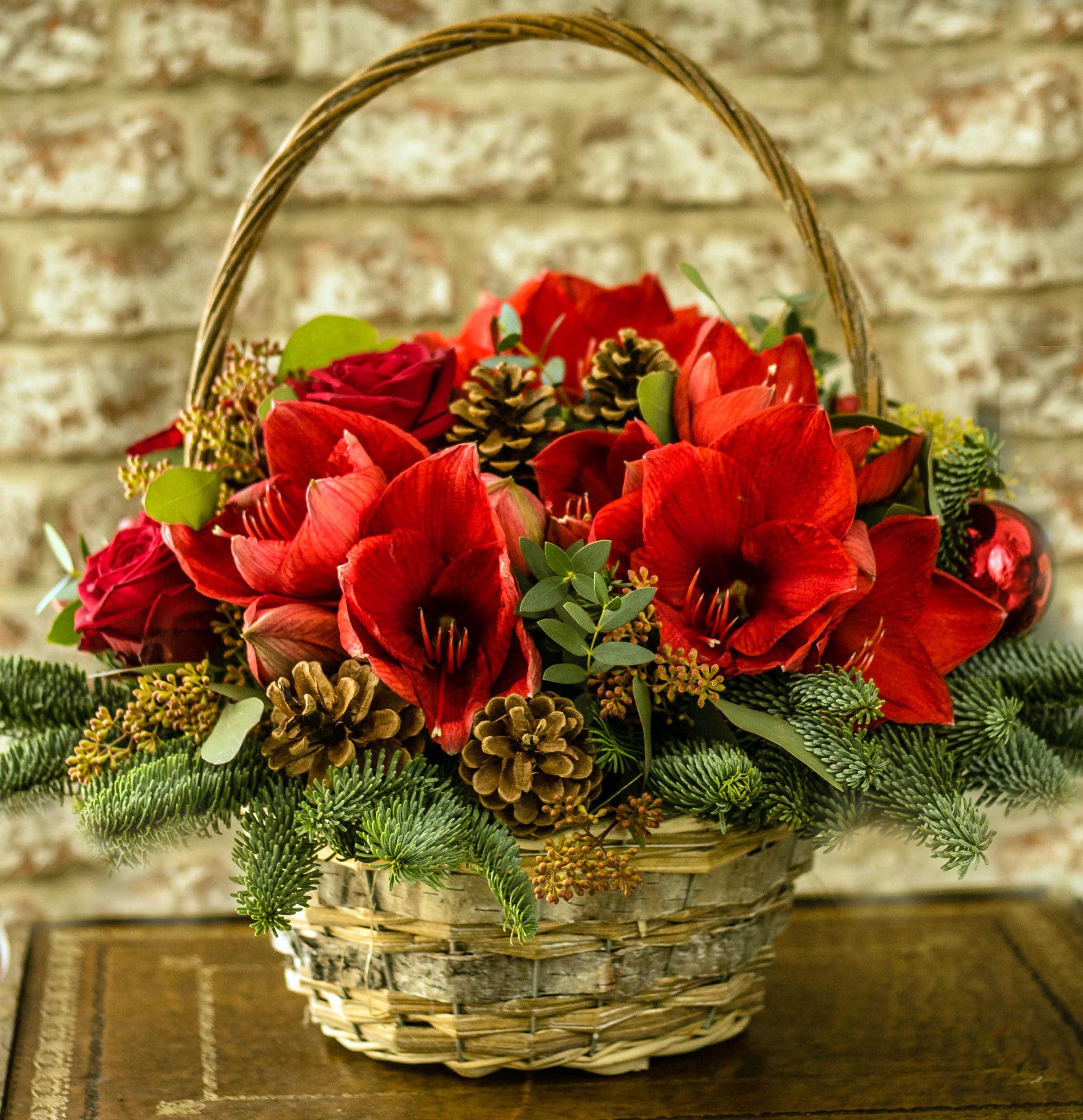 Christmas Flower Creations
